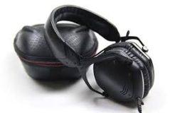 headphones V-Moda